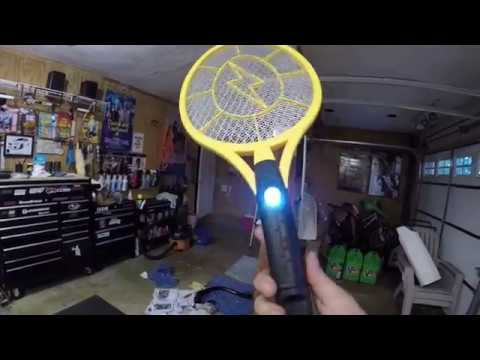LastHumansTech: The Zap-It! Bug Zapper
