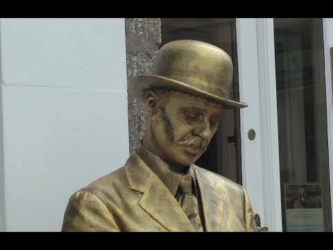 A STATUESQUE SLICE OF St IVES - THE GOLD MIME