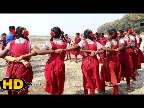 Aadiwasi School Girls Nice Tarpa Dance At Beach, Ak Aadivasi Village.
