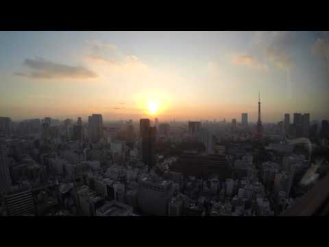 Time-lapse of the sun setting over Tokyo.