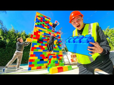 BUILDING A HUGE 3 STORY LEGO HOUSE!!