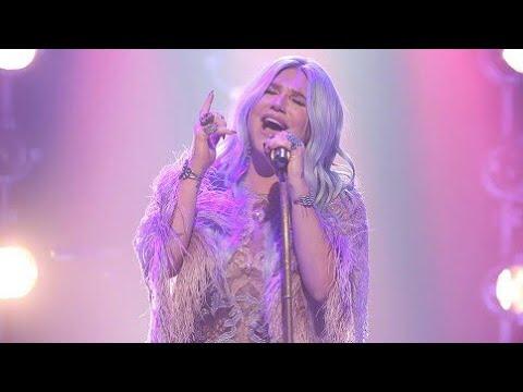 Praying - Kesha (Live Performance)