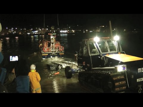 RNLB PRINCESS ROYAL EVENING SLIPWAY LAUNCH