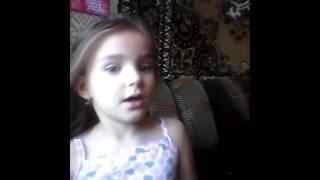Видео урок от сестры:как сделать прически с помощью крабика для волос:))))))))