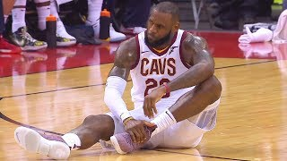 LeBron James Breaks His Ankle and Stays in the Game