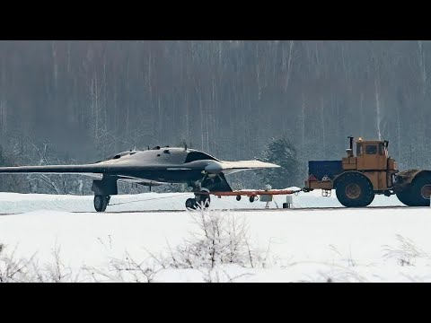 US Angry: Russia's Drone Looks Like A B-2 Stealth Bomber