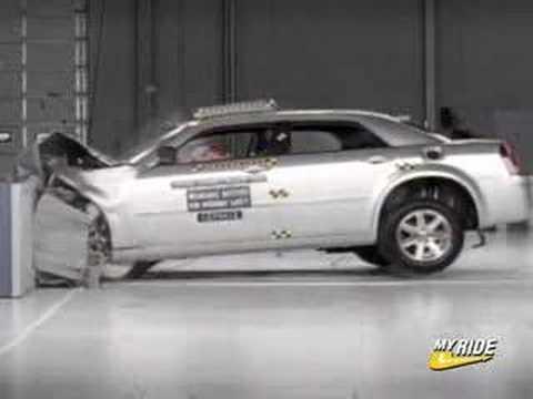 Crash Test: 2005 Chrysler 300