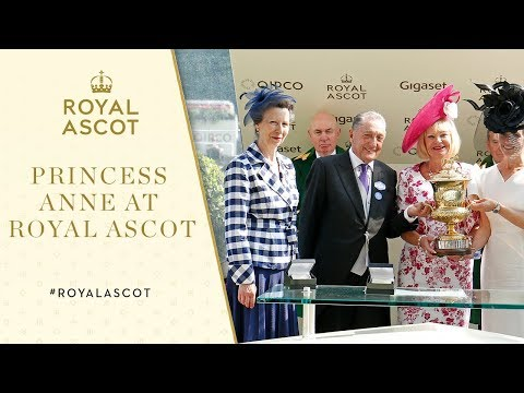 Royal Ascot 2017 | Princess Anne presents the Prince of Wales's Stakes