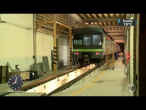 Quatro policiais são atropelados por trem do metrô no Recife | SBT Brasil (16/05/18)
