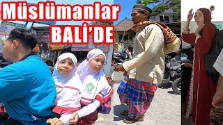 Going to Friday NAMAZ with Muslims in Bali (I FOUND TURKISH HOTEL) ~ 173