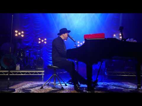 "Gavin Degraw ""A Change is gonna come"" Live from Vega, Copenhagen April 28th 2017"