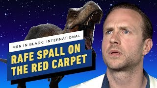 Rafe Spall Teaches Us How to Act with Aliens