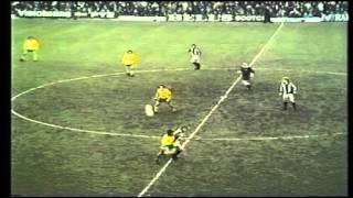 1972-73 West Bromwich Albion v Norwich City