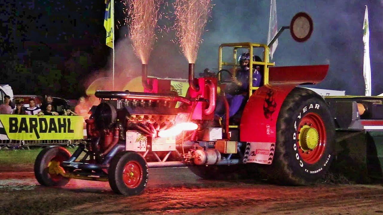 Attila, Tatra V12 T3A Engine - 3.5T Italian Tractor Pulling - Action, Smoke, Full Power & Sound!