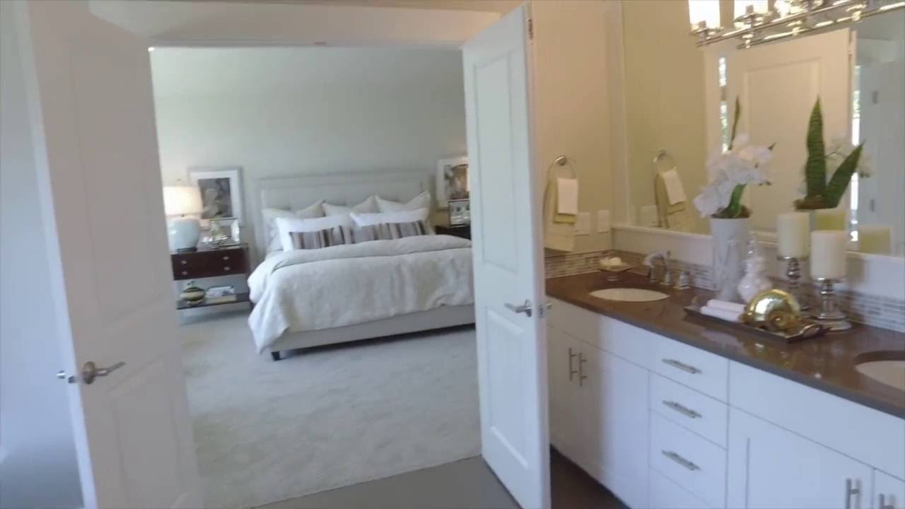 The Rosarios Master Suite At Concord Place