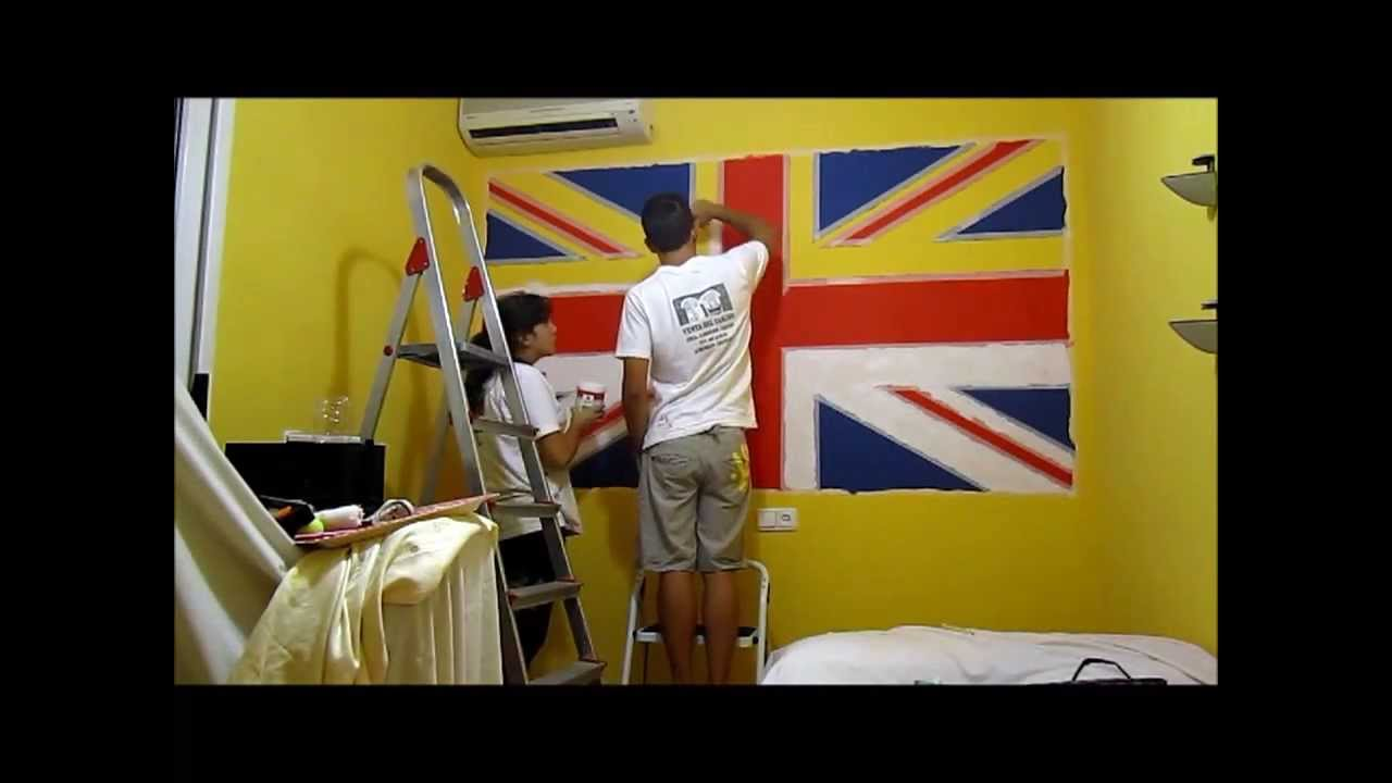 Juan y yo pintando la bandera de Reino Unido en la pared - YouTube