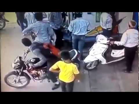 Oops, Sudden Bike catches on Fire at Petrol Pump !!