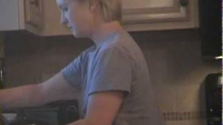 Download Video Mom vs. Boys MP3 3GP MP4