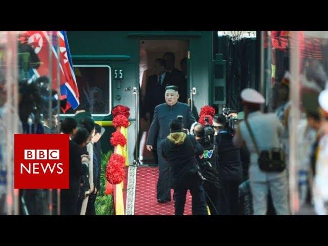 North Korea's Kim Jong-un arrives for Trump summit - BBC News