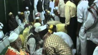 Ghouse Azam Dastagir - Ya Jeelani Shainillah Live Qawwali.avi