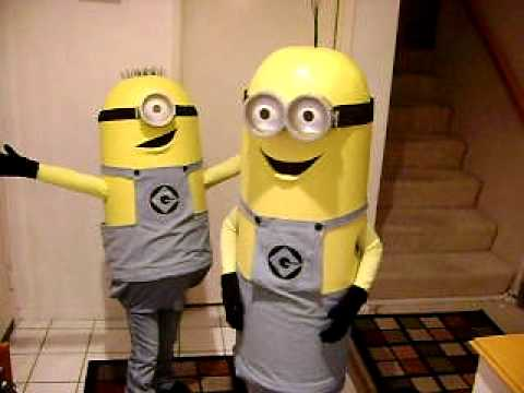 Despicable Me Minion Costumes Halloween 2010 & Despicable Me Minion Costumes Halloween 2010 - YouTube