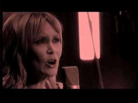 Agnetha (ABBA) - Sometimes When I'm Dreaming (Coloured version) (Swedish TV) - ((STEREO))