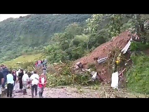 مقتل 17 شخصا في انهيار أرضي بجنوب غرب كولومبيا  - نشر قبل 2 ساعة