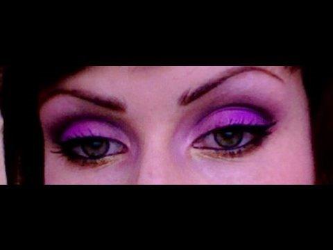 makeup forever make up tutorial purple pink and. Black Bedroom Furniture Sets. Home Design Ideas