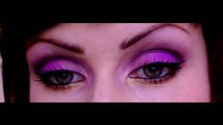 Makeup Forever Make-up tutorial!!! Purple, pink and antique gold.