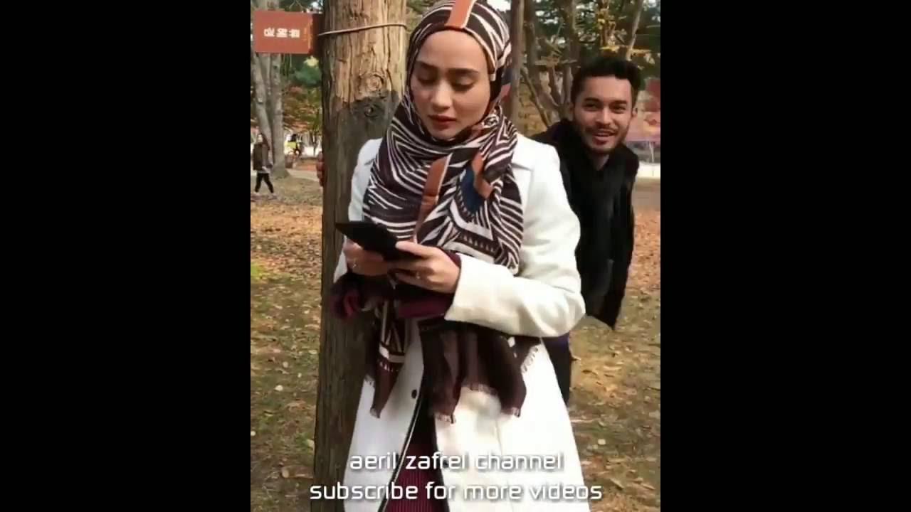 Download Aeril Zafrel pujuk isteri yang sedang merajuk.