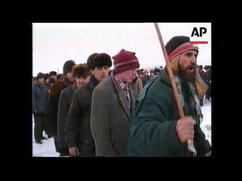 Russia - Troops Seal Off Gudermes