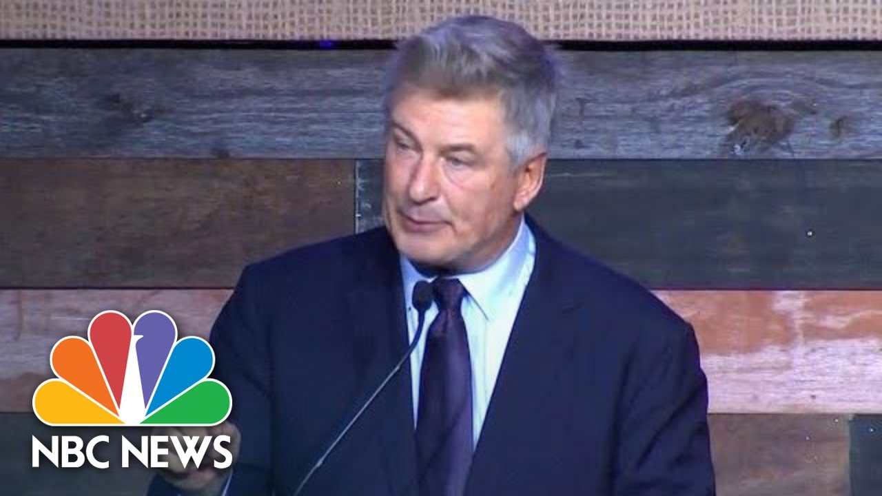 we-need-to-overthrow-the-government-under-donald-trump-alec-baldwin-tells-dems-nbc-news