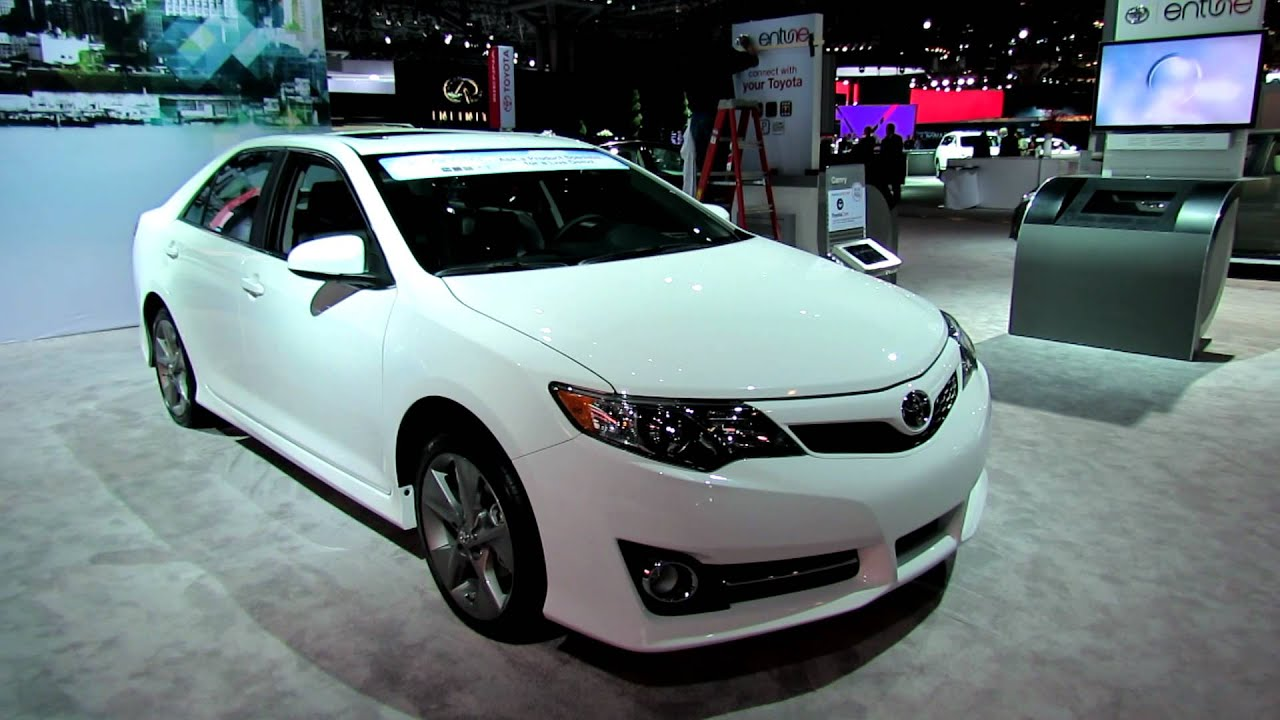 2012 Toyota Camry SE Exterior And Interior At 2012 New York International  Auto Show