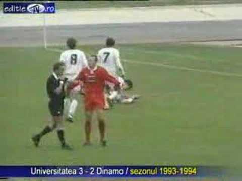 File:Universitatea Craiova - Dinamo Bucuresti, 1973.jpg ...   Dinamo Craiova