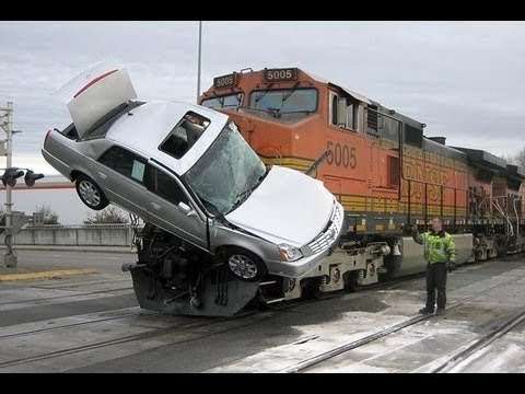 WORST CAR CRASHES OF 2016!!