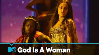 "Ariana Grande Performs ""God Is A Woman"" 
