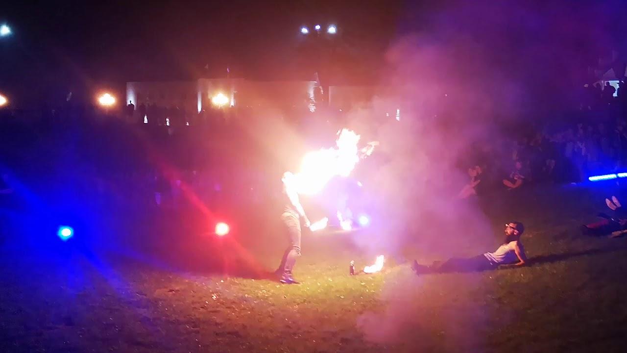 Яркое фаер-шоу украсило Гродно на III Биг-Мини фестиваль