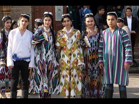 Национальная одежда в Узбекистане