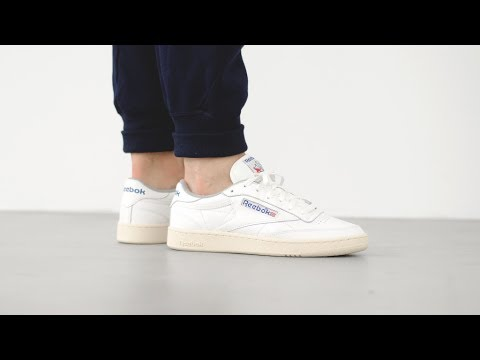 REEBOK CLUB C 85 VINTAGE CN0313 - MATE - YouTube 8d283d19b