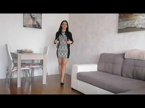 Sara prova le calze autoreggenti Wooti velatissime 8 denari color naturale