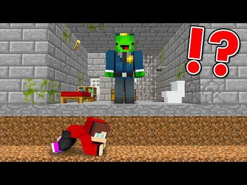 Minecraft Speedrunner VS Hunter Prison Break