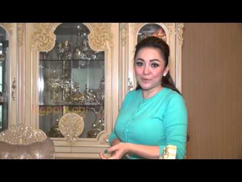 Lupakan Farhat Abbas, Regina Ajak Foto Ahmad Dhani