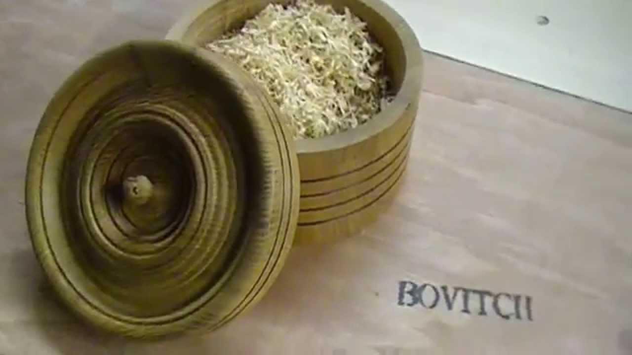 Wood de bois tournage d une boite youtube - Peindre une boite en bois ...