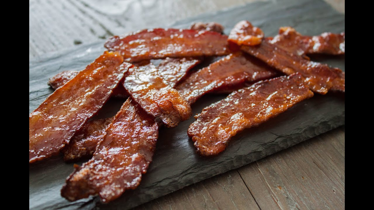 How to make maple candied bacon- 4 Mins or Less Recipe ...