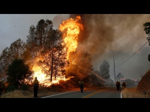Wildfire threatens thousands of Californians