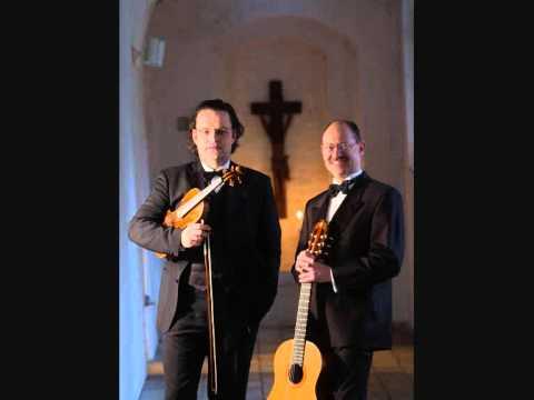 E - minor prelude - BACH - jochen brusch & finn svit.wmv