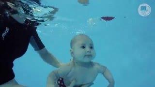 Грудничковое плавание в ТоТо (Виктория, 4 месяца)