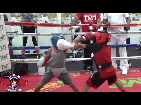 MAYWEATHER GYM WARS! NATIONAL CHAMPIONS ROBERT MERRIWETHER VS CURMEL MOTON