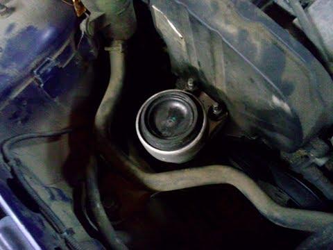 Форд Фокус 1   Замена правой опоры двигателя