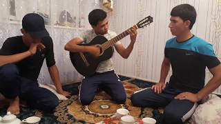Turkmen gitara